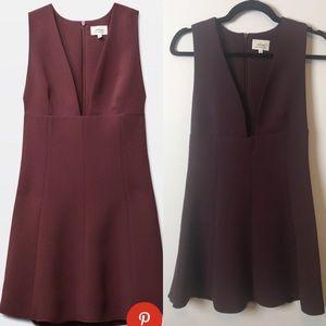 Wilfred montbrun dress sz 2 in maroon